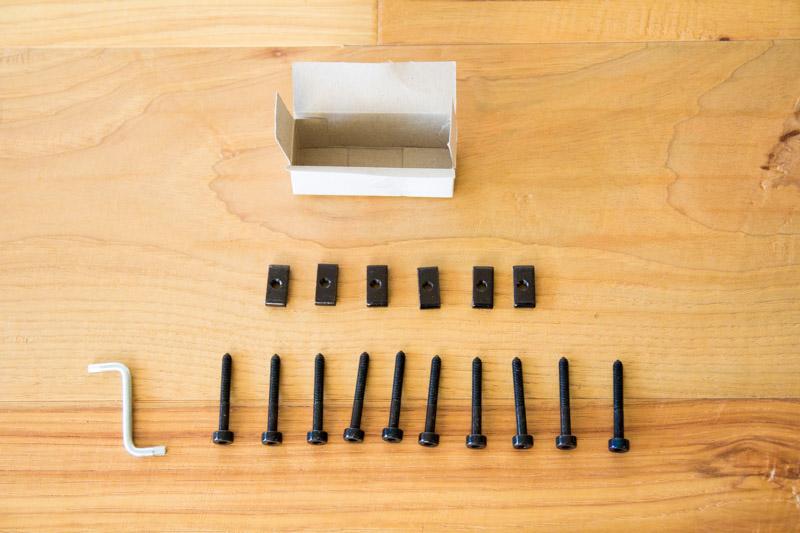 ストッケ・トリップトラップ金具と工具