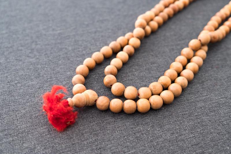 インドで買った白檀の数珠