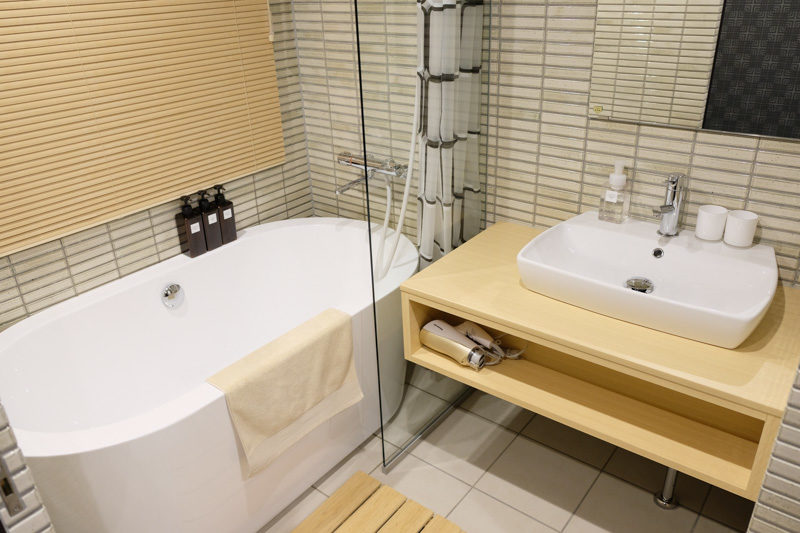 シキスイート京都梅小路のシャワールーム