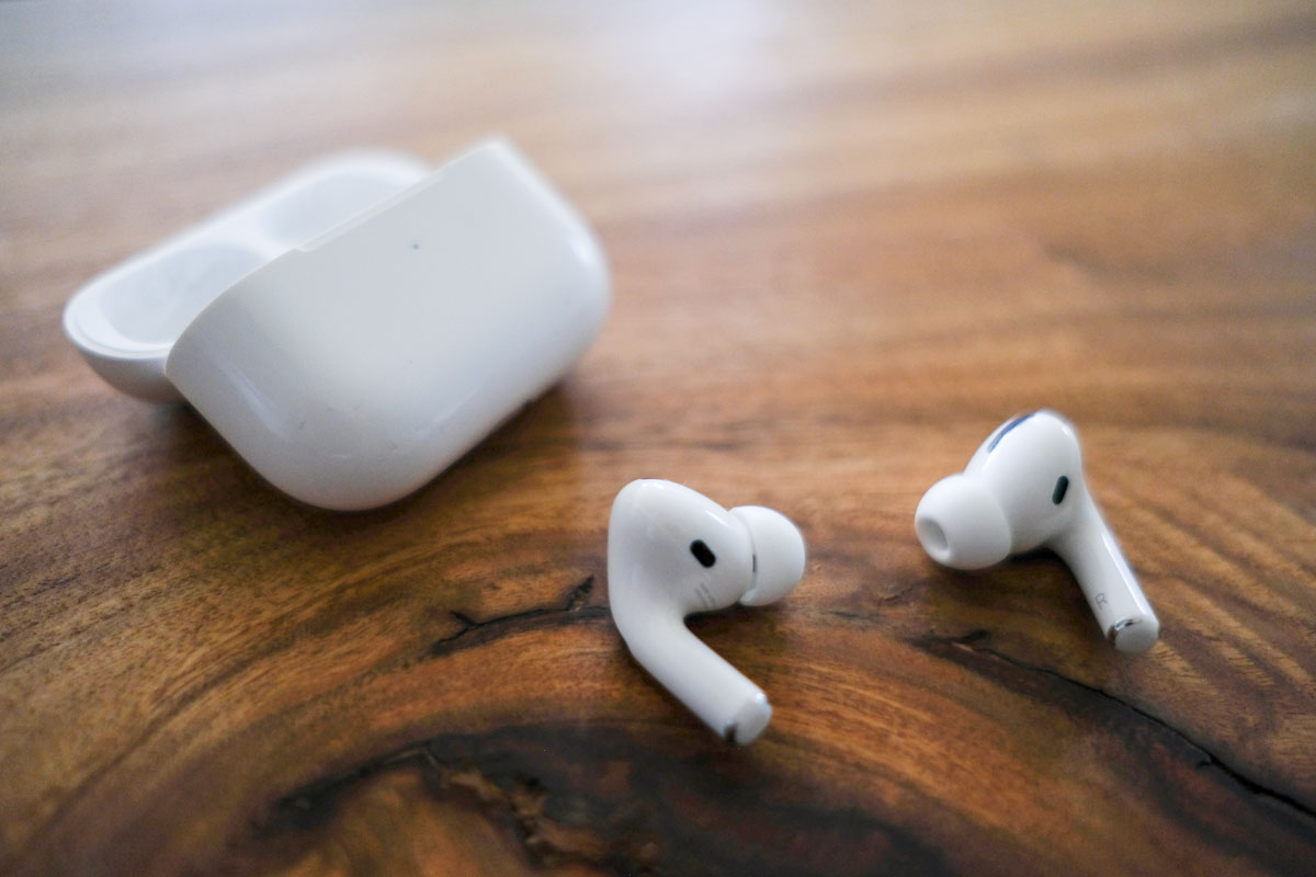 airpods pro取り出したところ