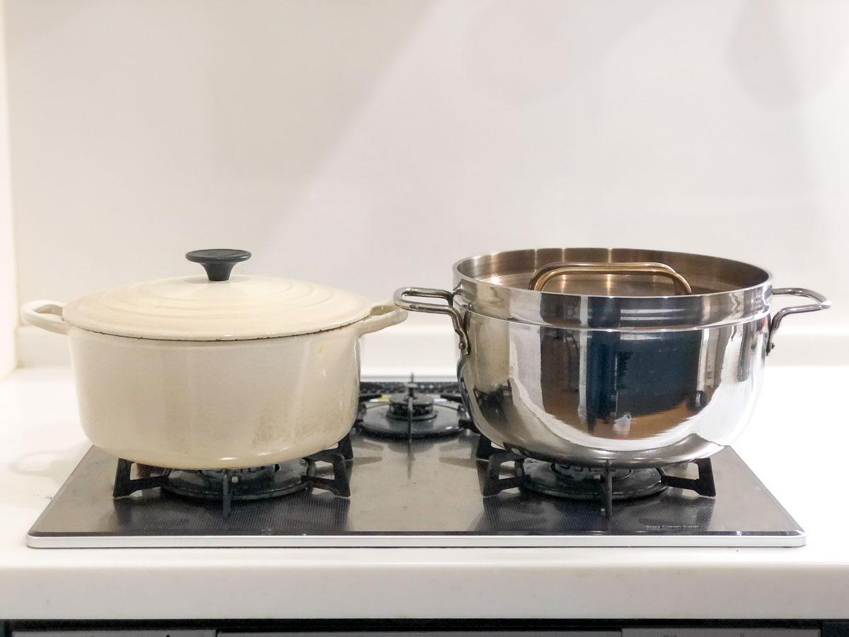 ルクルーゼとTSBBQライトステンレスダッチオーブンの比較